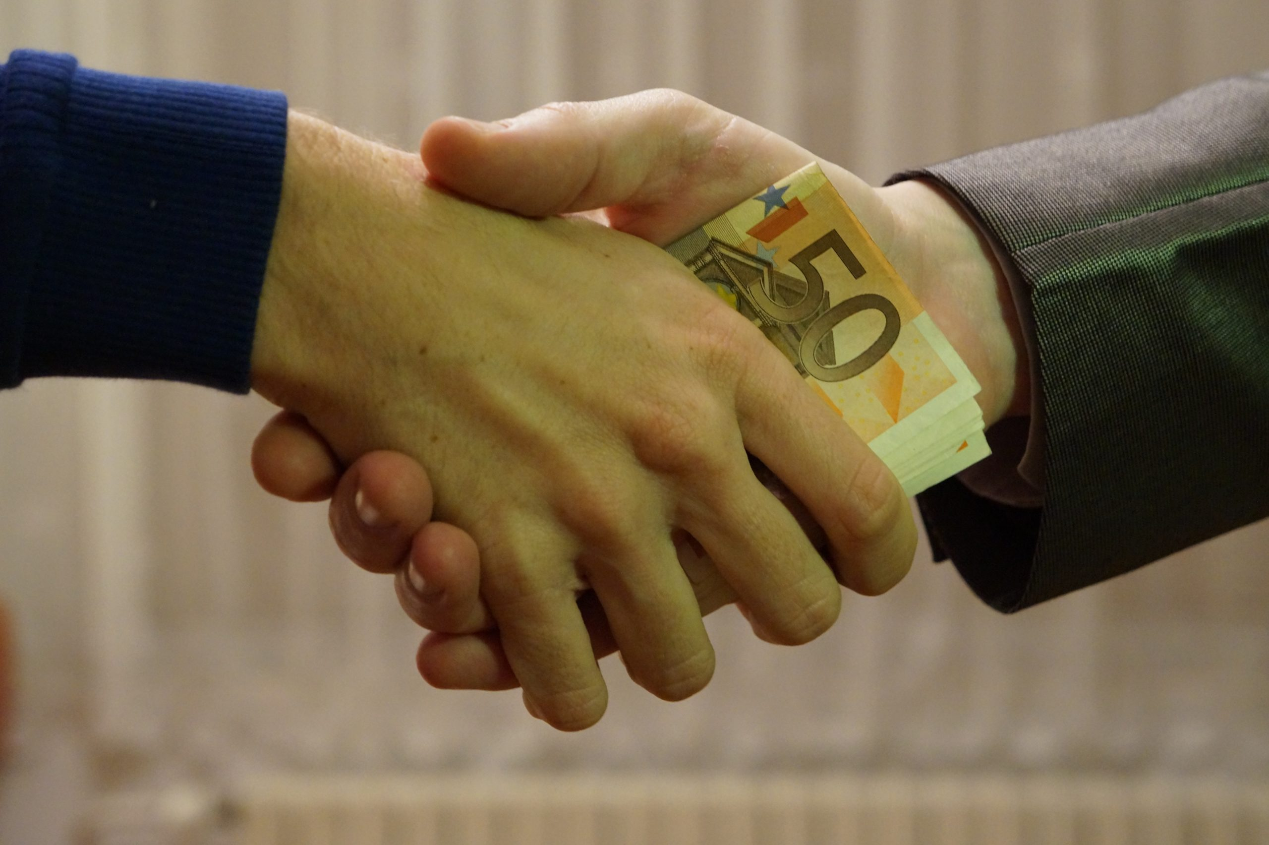 Everything about the Employee - lending benefits and drawbacks of worker finance